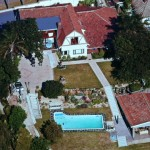 Arial veiw of Red Tudor B&B